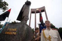 Памятник Степану Бандере во Львове.