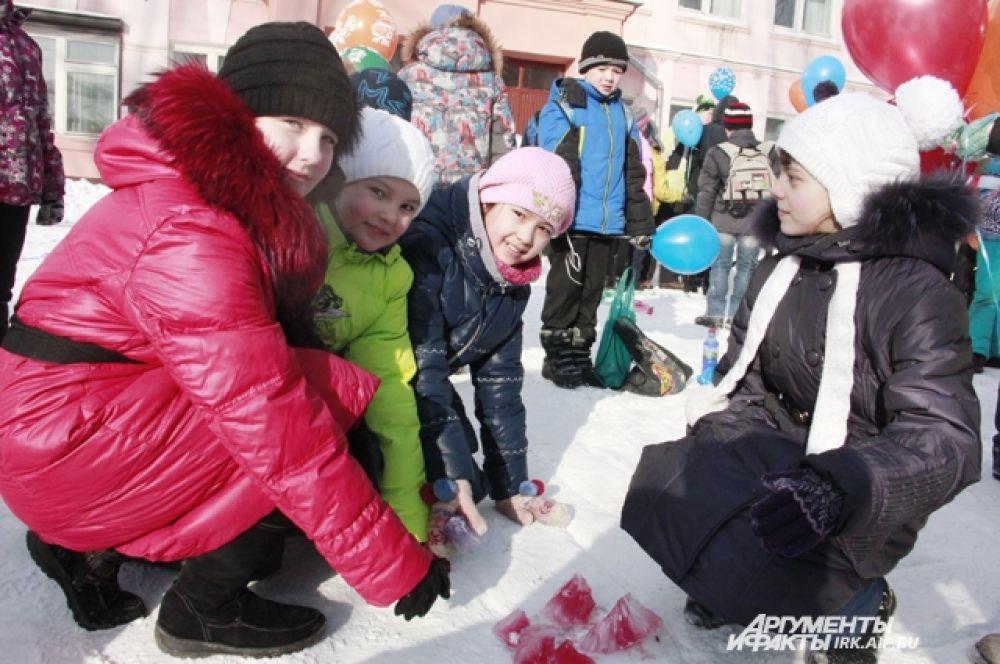 Ученики школы №9 решили по-особенном уотметить начало Игр в Сочи.