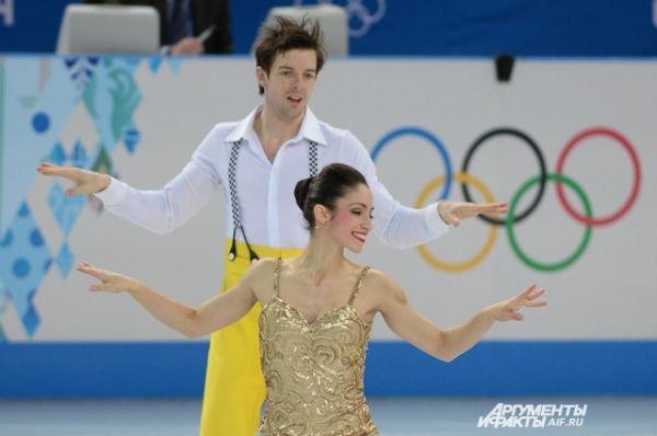 Итальянцы Стефания Бертон – Ондрей Хотарек стали четвертыми в командном соревновании пар. набрав 70,31
