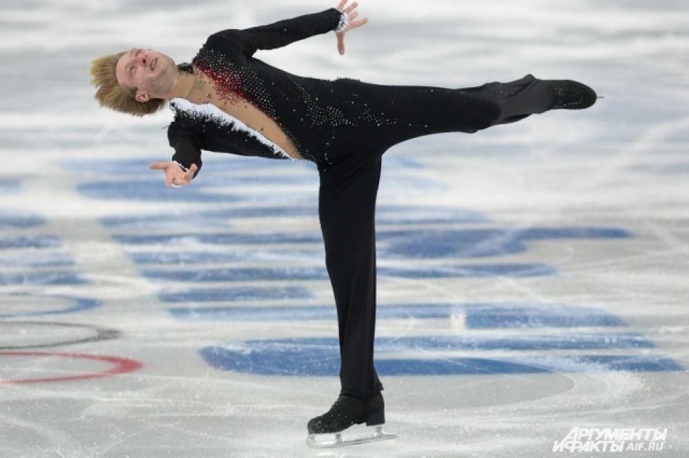 Евгений Плющенко доказал, что его рано списывать со счетов, заняв второе место с рекордной суммой баллов