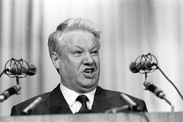 На родине Бориса Ельцина второй год не могут отремонтировать мост