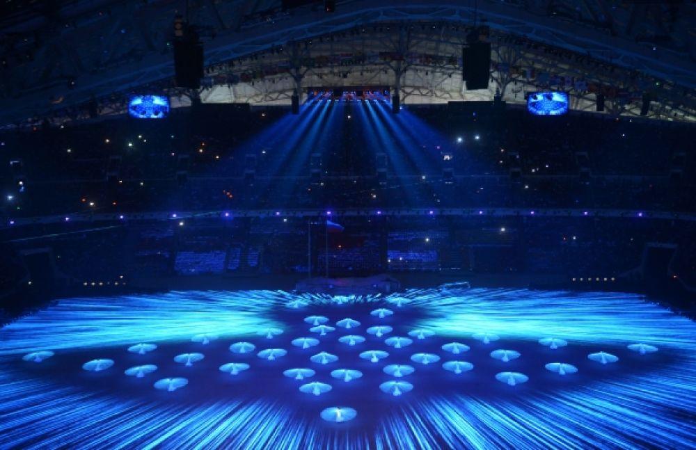 Танец голубки в исполнении Дианы Вишневой под аккомпанемент «Лебединого озера» Чайковского
