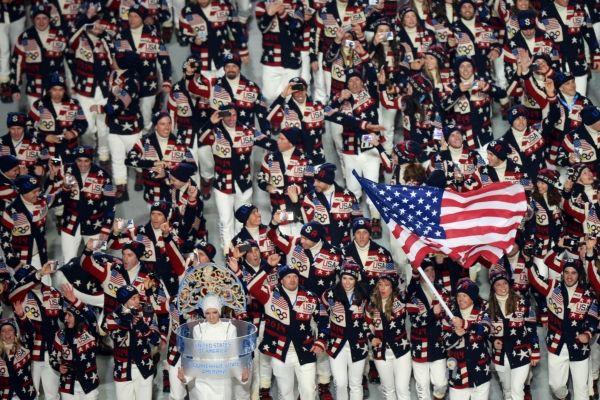 Представители США во время парада атлетов и членов национальных делегаций.