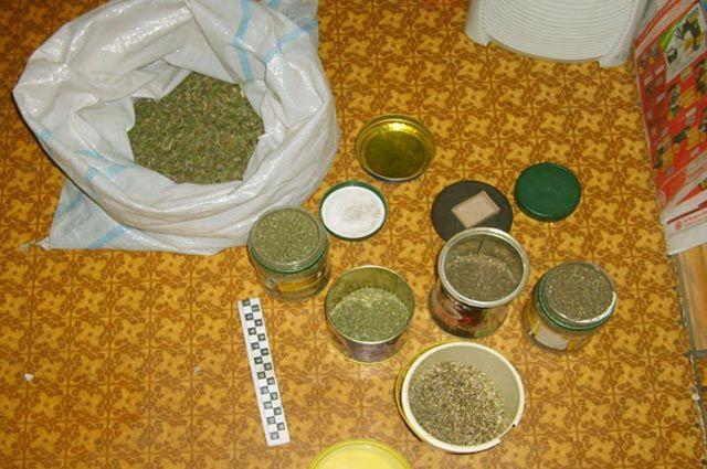 Наркотики готовили в кустарных условиях.