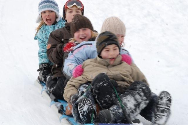В понедельник в Челябинске будет ветреная и снежная погода