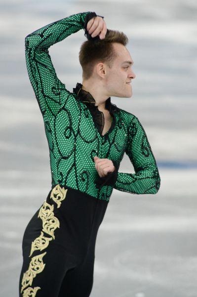 Впрочем, в экспрессии ему не уступал и канадский фигурист Поль Бонифацио Паркинсон.