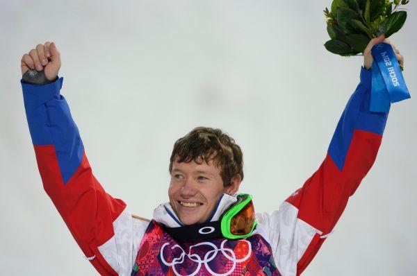 «Бронзу» России принёс Александр Смышляев. Он занял третье место в соревнованиях по могулу.