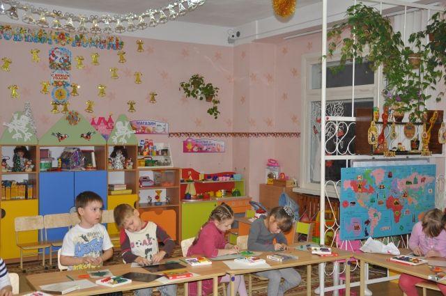 Школы, детсады и медучреждения в Сухом Логу начали работать в обычном режим