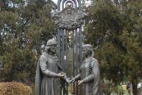 Памятник Петру и Февронии, Ростов-на-Дону.