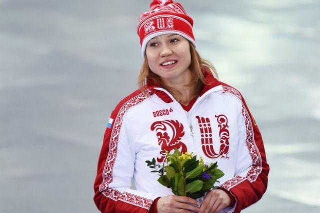Ольга Фаткулина во время цветочной церемонии