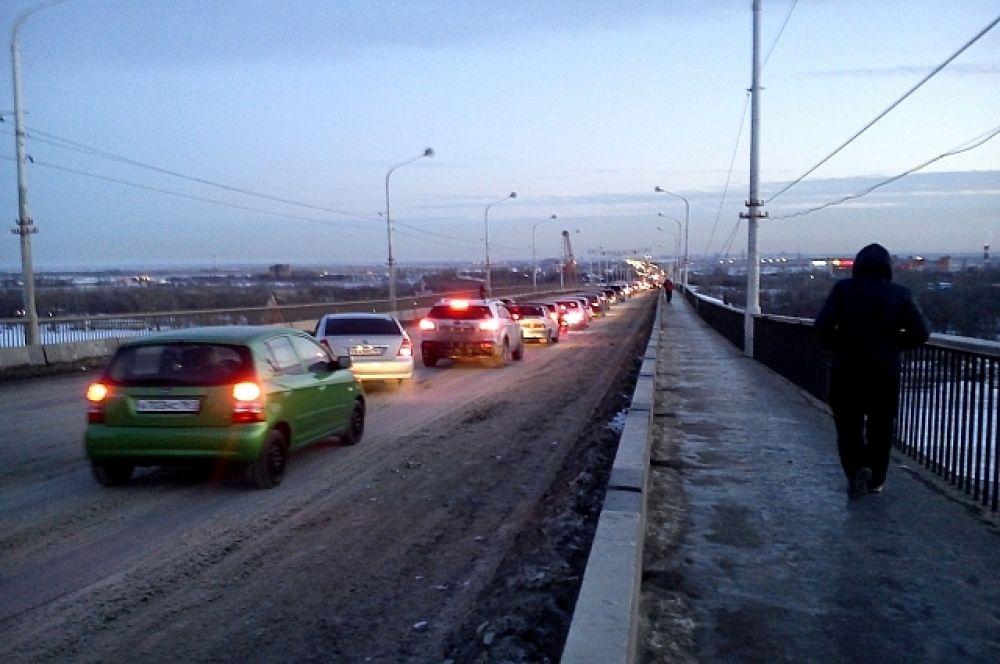 Ворошиловский мост. Февраль 2014 г.
