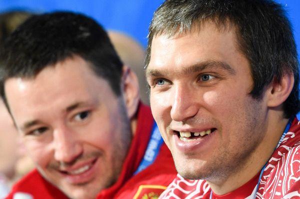Главными звёздами нашей команды в предстоящих играх традиционно станут Илья Ковальчук и Александр Овечкин - форварды питерского СКА и «Вашингтон Кэпиталз» соответственно.