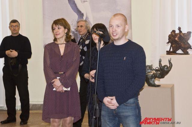 Алексей Тищенко на открытии выставки.