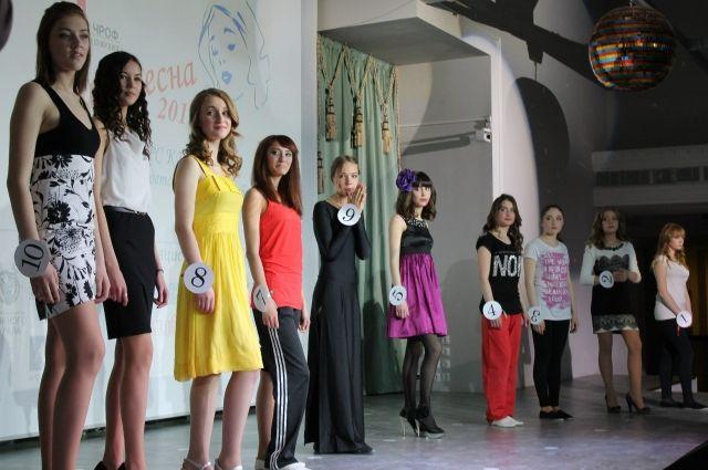 Воспитанницы детдомов Челябинска готовятся к конкурсу талантов «Мисс Весна»