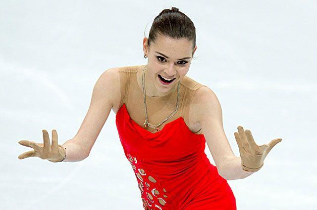 Аделина Сотникова в короткой программе на чемпионате России по фигурному катанию в Сочи. 2013 год.