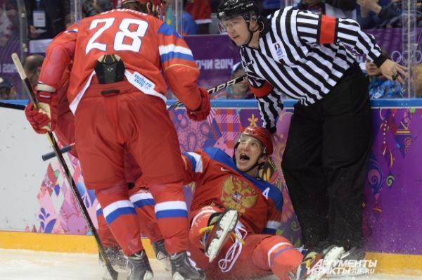 Уже на второй минуте игры счёт открыл Александр Овечкин.