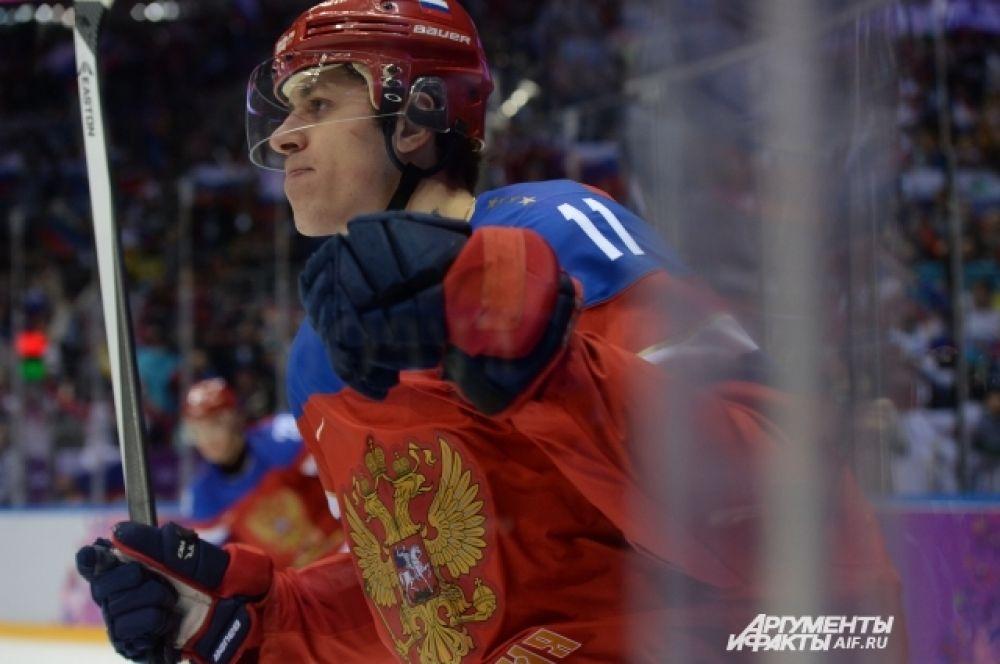Не прошло и трёх минут как Евгений Малкин удвоил преимущество россиян, забив вторую шайбу.