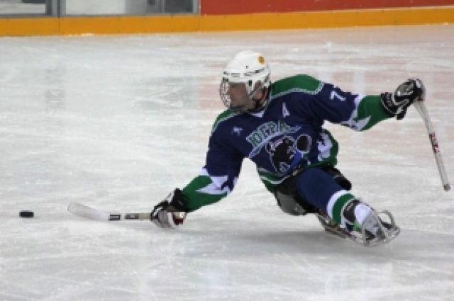 Следж-хоккеист из сборной Югры
