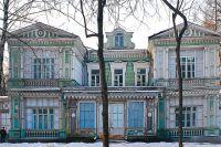 Свидетель «стародачной эпохи» - знаменитая дача купца 3-й гильдии Лямина - сегодня прячется глубоко внутри парка «Сокольники».