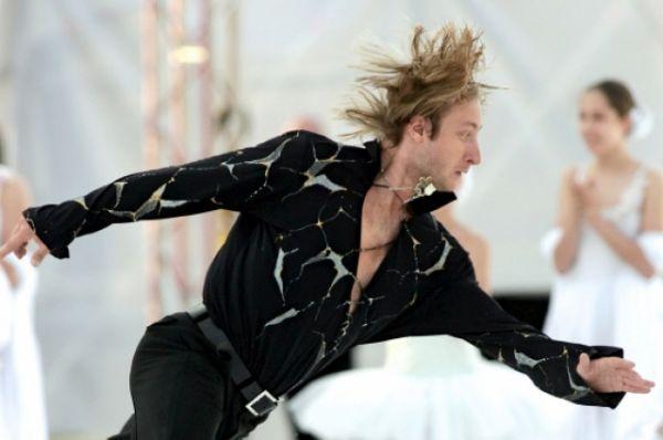 На чемпионате России 2014 года Плющенко лидировал после короткой программы, но в произвольной уступил Максиму Ковтуну.