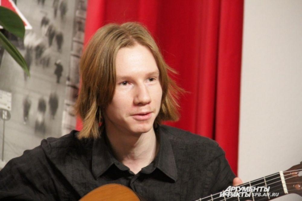 Гитарист группы «Тим Тайлер» Артем Тараканов