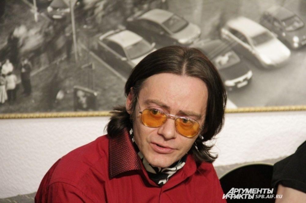 Вице-президент Ленинградского рок-клуба, лидер группы «Тим Тайлер» Антон Шлей