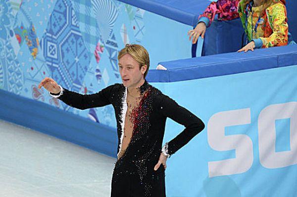 После ухода из спорта Плющенко будет выступать с собственной шоу-программой.