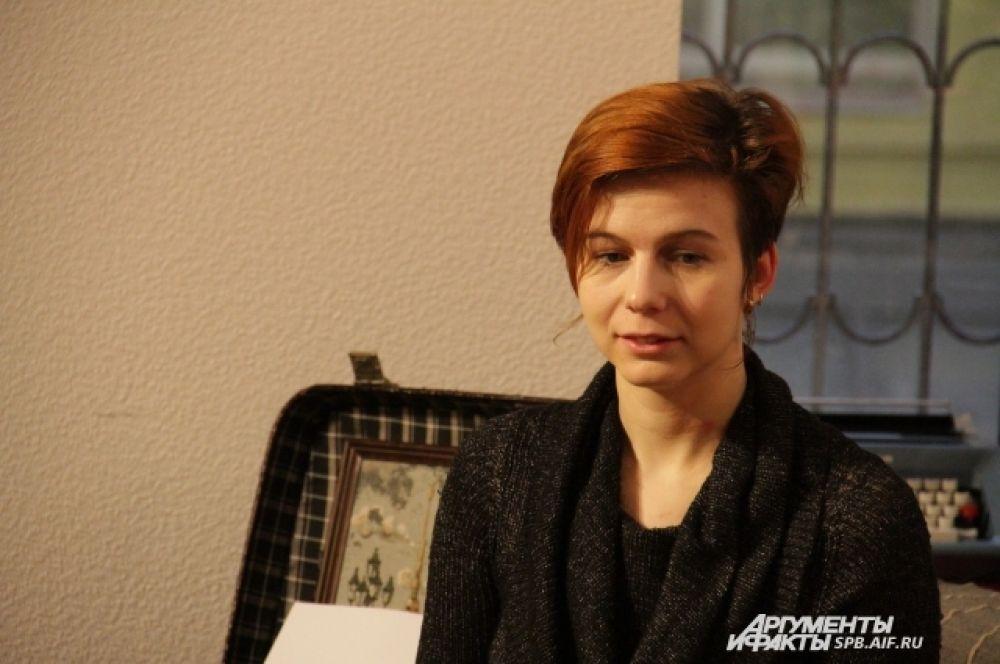 Скрипачка Антонина Позднякова зарабатывает на жизнь музыкой