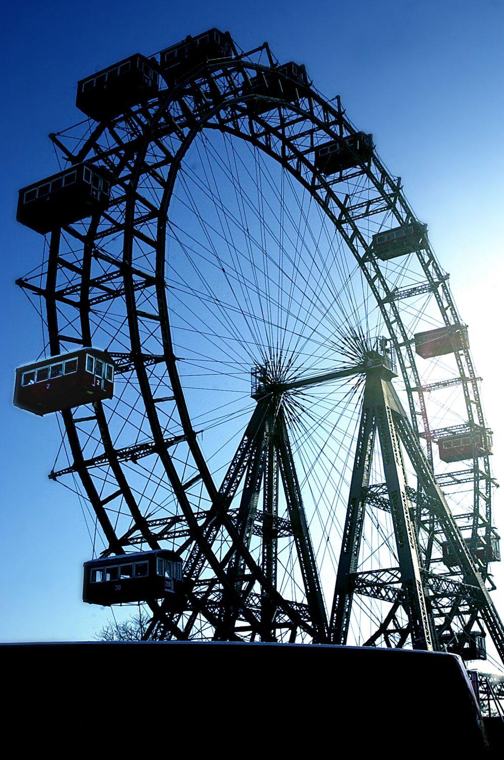 Вскоре после смерти Ферриса в 1897 году было построено ещё одно колесо по проекту Ферриса. Оно сохранилось до сих пор и сейчас является одной из главных достопримечательностей Вены. Это колесо оставалось самым высоким в мире вплоть до 1985 года.