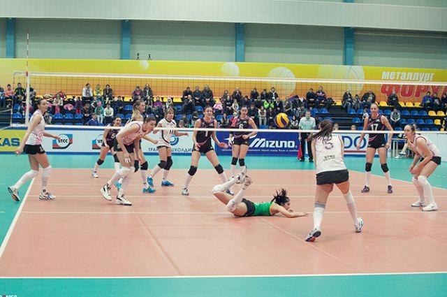 Волейболистки «Уралочки» уверенно переиграли команду «Хара Морин»