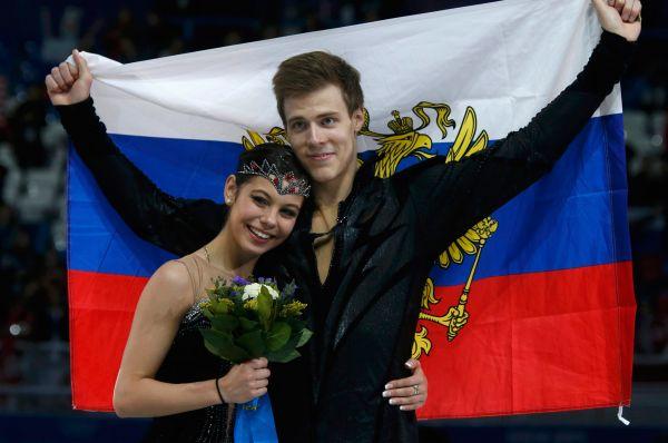 Елена Ильиных и Никита Кацалапов заняли третье место в танцах на льду на Олимпийских играх в Сочи. Пара из России набрала после короткой и произвольной программы 183,48 балла.