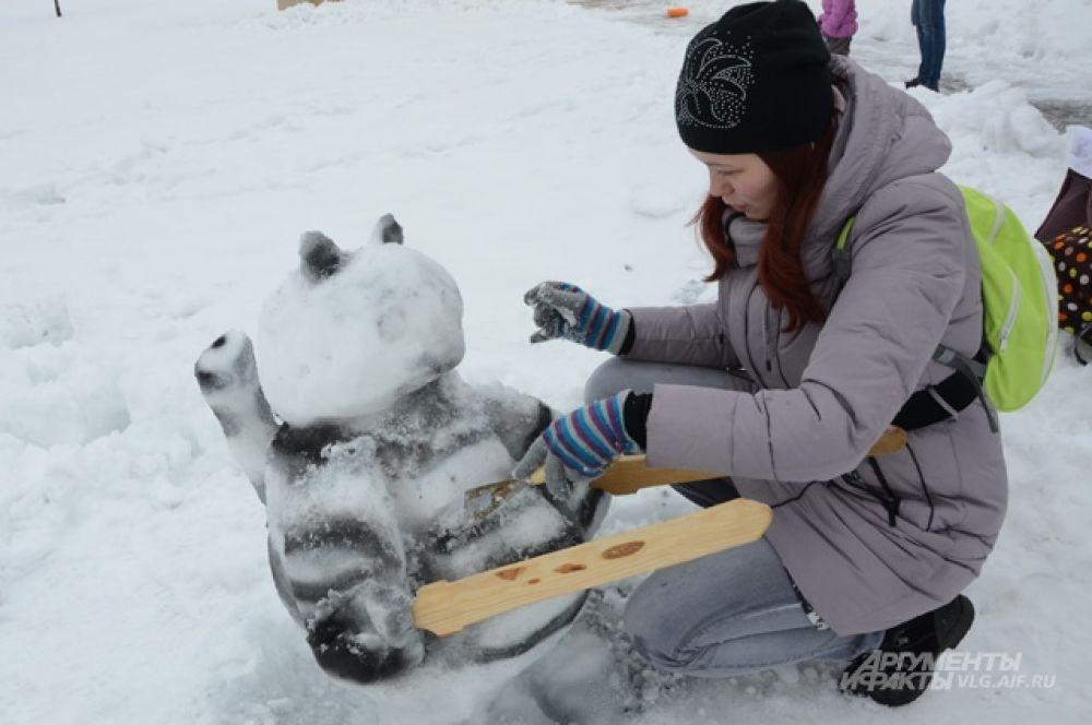 Из коренных волгоградцев только Максим Маринин становился чемпионом зимних Олимпийских игр, но это не уменьшает любовь горожан к спорту и снеговикам