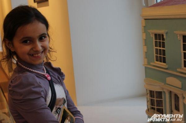 Кукольный домик - мечта почти каждой девочки.