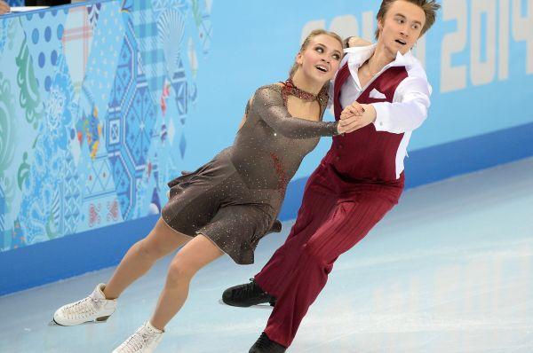 В соревнованиях танцоров на льду в составе сборной России также выступает 18-летняя Виктория Синицына. После короткого и произвольного танцев пара Синицына-Жиганшин заняла 16-е место, однако у фигуристов всё впереди – это их первая Олимпиада, в то время как на их счету звание чемпионов мира среди юниоров.