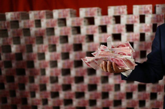 Китай вкладывается в обрабатывающие производства.