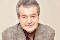 Сергей Парастаев.