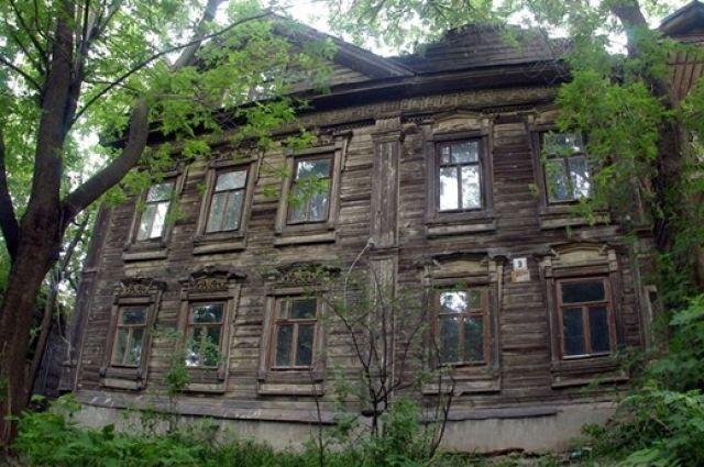 Жителей разрушенного барака из Первоуральска расселили по общежитиям