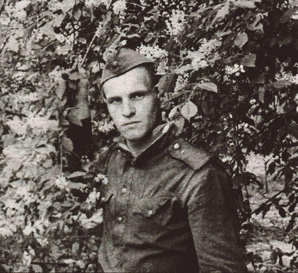 Станислав Глухов на службе