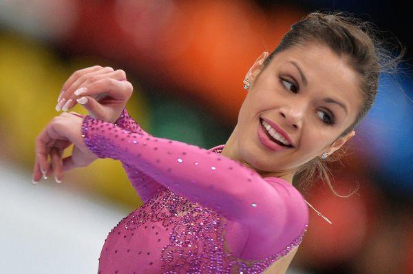 17-летняя Николь Госвияни в своём послужном списке уже имеет победы в Трофее Словении и Международном юношеском турнире Nestle. Затем она также выиграла Кубок Золотого медведя.