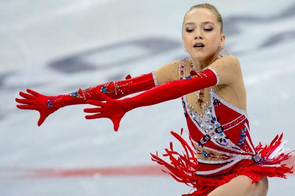 На счету 15-летней Елены Радионовой уже есть титул чемпионки мира. Правда, пока среди юниоров, но впереди её ждут и более престижные трофеи.
