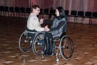 Кто сказал, что танцевать, сидя в инвалидном кресле, невозможно?