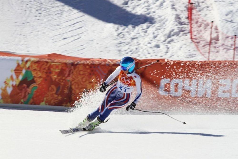 12 февраля девушки участвовали в скоростном спуске.