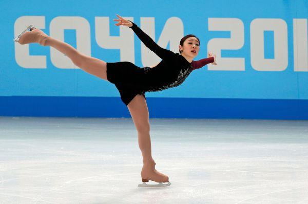 Последней на лёд вышла кореянка Ким Ю-На. Она показала великолепный прокат, но даже этого не хватило, чтобы победить Сотникову.