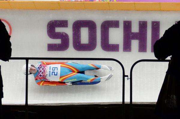 Олимпийскую сборную Молдовы покидает самый опытный спортсмен - 31-летний саночник Богдан Маковей, занявший 36-е место на проходящих в Сочи зимних Играх. Спортсмен решил посвятить себя тренерскому делу. Маковей планирует основать и возглавить сборную Молдовы по санному спорту.