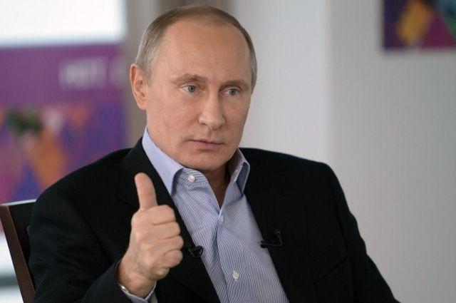 Владимир Путин поздравил наших биатлонистов с победой в эстафете в Сочи
