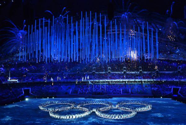 Огонь зимней Олимпиады погасили под музыку из фильма «Свой среди чужих, чужой среди своих» композитора Эдуарда Артемьева. Игры были официально признаны закрытыми.