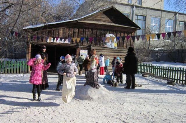 В столице Урала начали праздновать Масленицу. Где и когда?