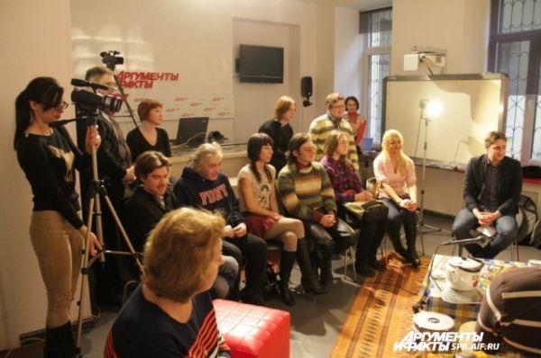 На второй квартирник в пресс-центр АиФа пришло больше зрителей