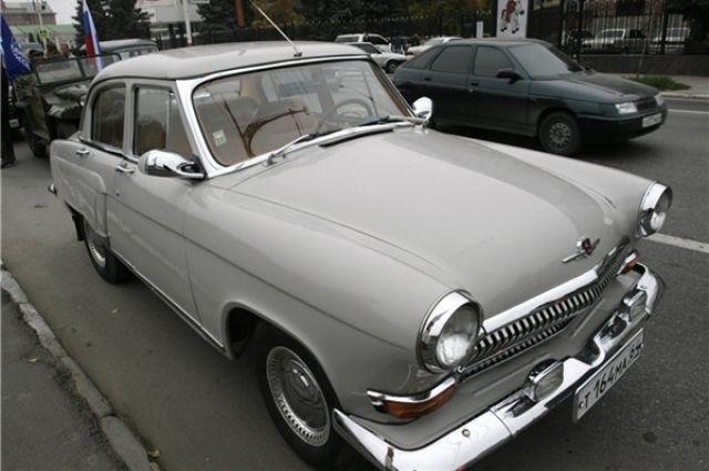 Челябинские чиновники пересядут на отечественные авто
