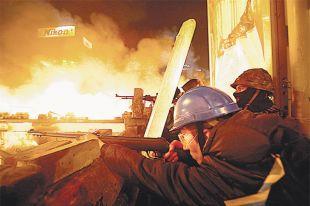 В современной украинской политике умение обращаться с винтовкой в Раду приведёт.